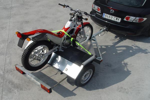 Remolques Motos / Carga