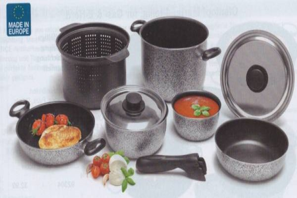 Set de pot et casseroles 9 pcs